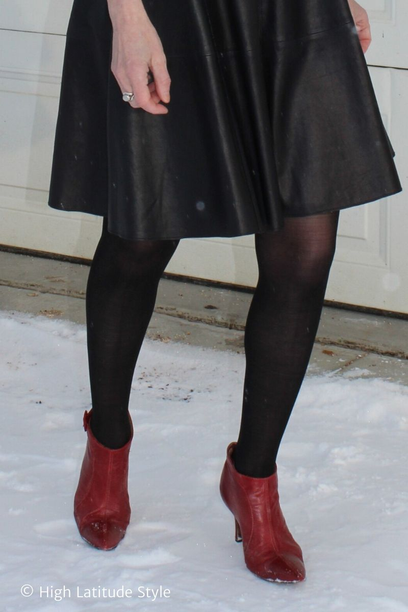 Sheertex black pantyhose with leather skirt, red shoes