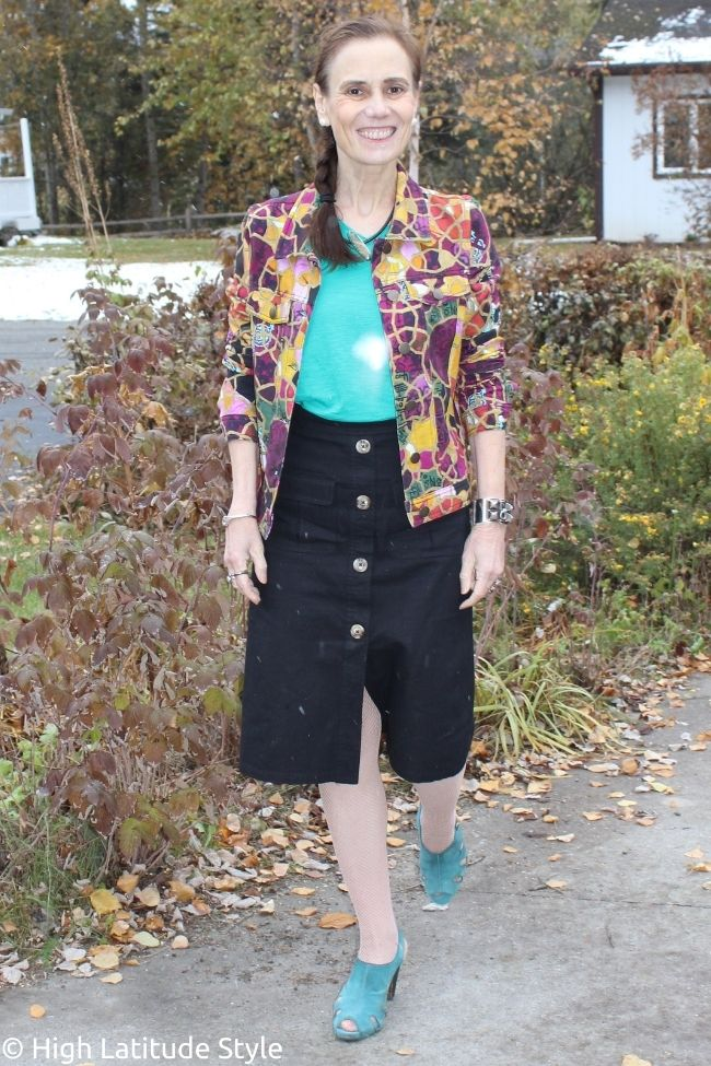 California Casual outfit with cray print denim jacket