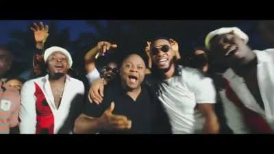 Video: Isi Onwe - Flavour ft Umu Obiligbo (Latest Igbo Highlife Music Videos)