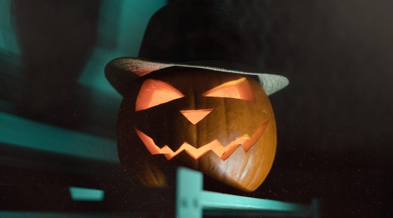 When Does Halloween Night Start and End for Kids