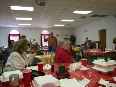 wayne stamey at seniors christmas lunch
