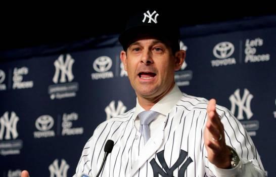 Manager de los Yankees plantea el uso de la regla del nocaut en el béisbol