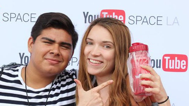 Fullscreen: A YouTube Giant From the View of a Teenage Girl
