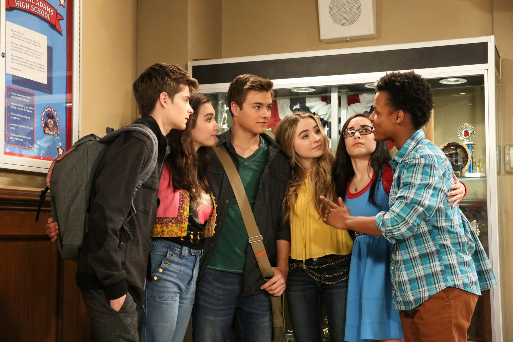 """GIRL MEETS WORLD - """"Girl Meets High School Part One"""" - Riley, Maya, Lucas and Farkle are now freshmen in high school, and quickly learn what it is like to no longer be """"kings"""" of the school. This episode of """"Girl Meets World"""" airs on Friday, June 03 (8:30 - 9:00 P.M. EDT) on Disney Channel. - Riley, Maya, Lucas and Farkle are now freshmen in high school, and quickly learn what it is like to no longer be """"kings"""" of the school. This episode of """"Girl Meets World"""" airs on Friday, June 03 (8:30 - 9:00 P.M. EDT) on Disney Channel. (Disney Channel/Mitch Haaseth) COREY FOGELMANIS, ROWAN BLANCHARD, PEYTON MEYER, SABRINA CARPENTER, CECELIA BALAGOT, AMIR MITCHELL-TOWNES"""
