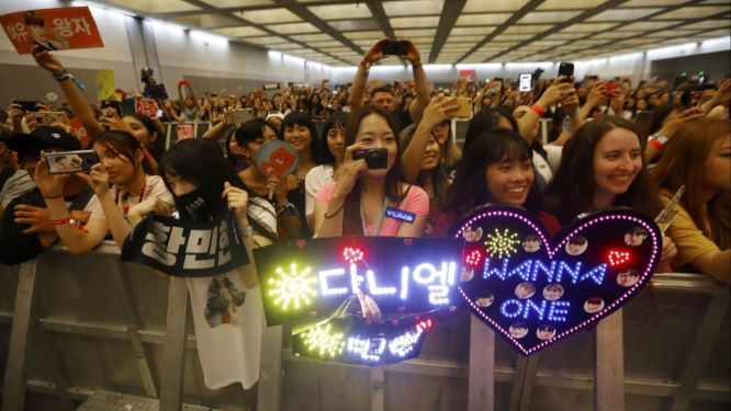 Opinion: COVID-19 threatens the connection between K-pop artists and fans