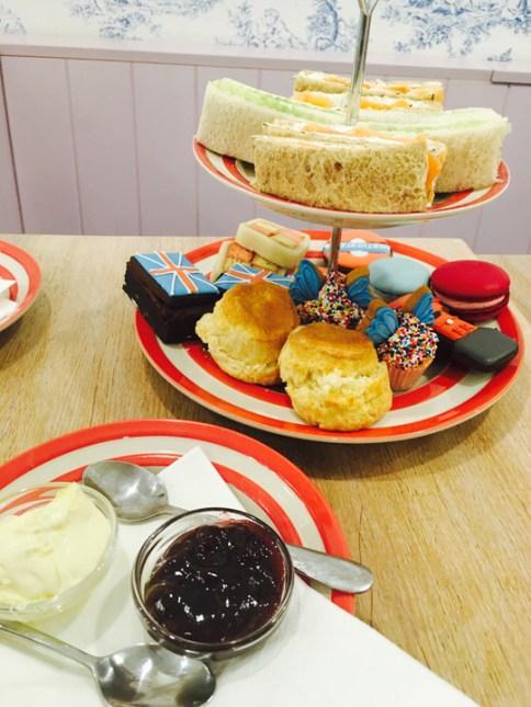 cake-stand-540