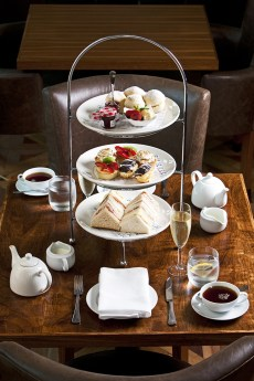 High Tea at the Motion Bar & Grill, Brisbane Marriott Hotel (supplied image)