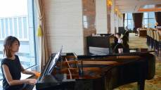 Pianist at the Shangri-La