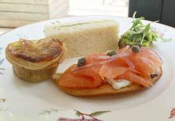 Smoked salmon crostini, capers, red onion