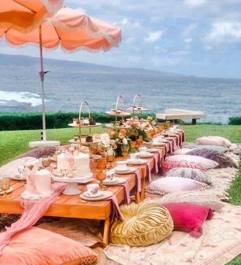 Photo credit Austin Wedding Photo + Video & Maui Luxe Picnics