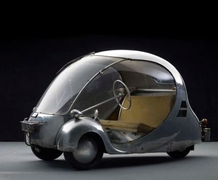 Carros de sonho. 1942, L'Oeuf électrique