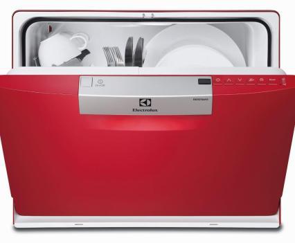 Cozinha. Máquina de loiça compacta 6 talheres, da Electrolux