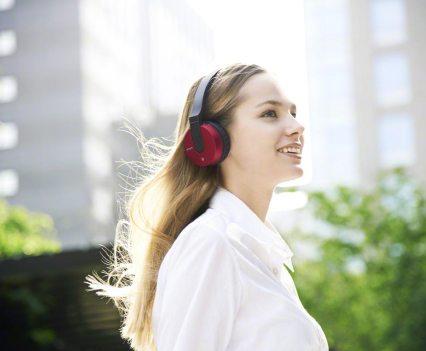 Headphones MDR-ZX550BN, da Sony