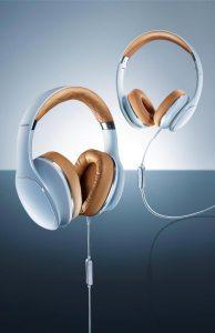 Headphones. Auscultadores Level Over, da Samsung