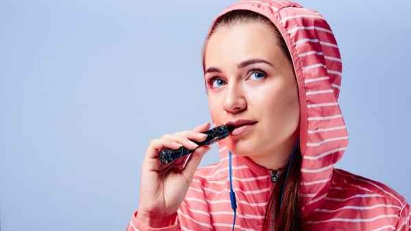 FDA Seeks New E-Cig Regulations in Response to Spike in Teen Vaping