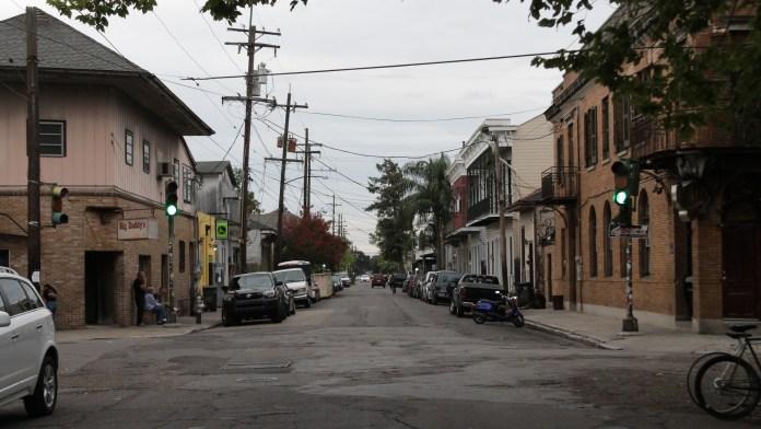 neighborhood-street-shot