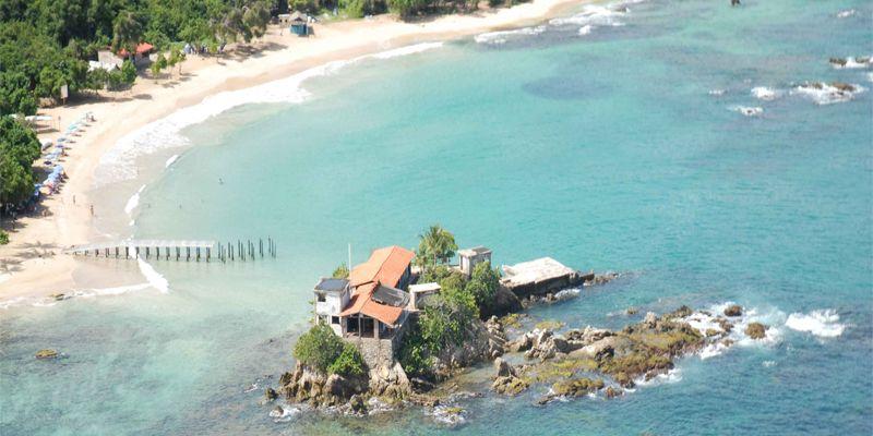 Playa Caracolito Full Day en Playa Caracolito en Higuerote