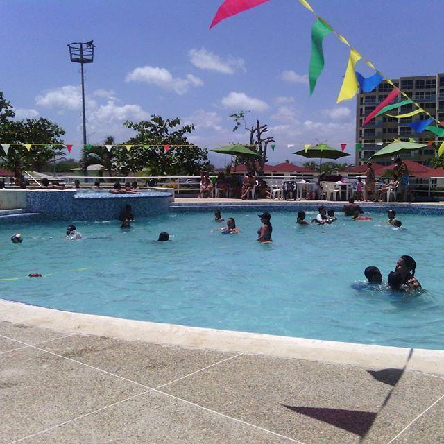 incretsol_piscina_higueroteonline