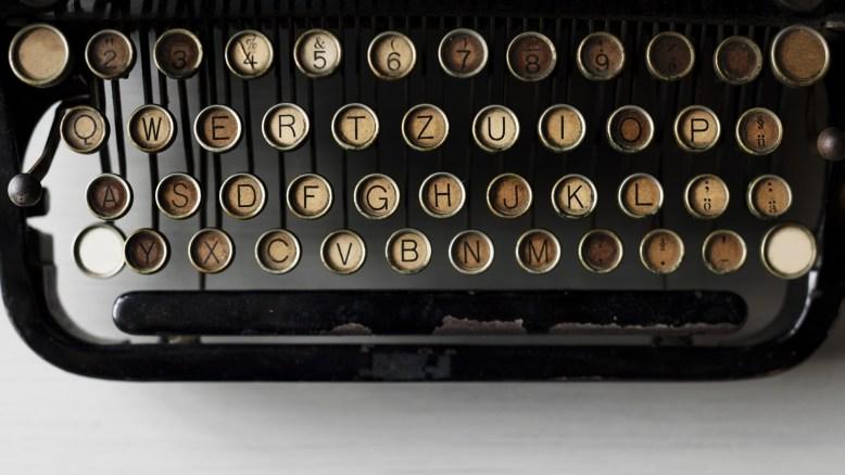alphabets-2365812_1920