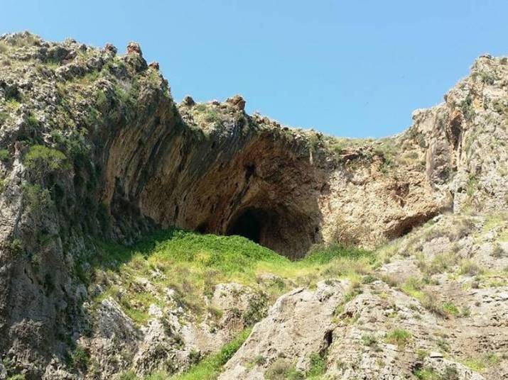 Caves in lower Nahal Amud during the Yam le Yam Trek