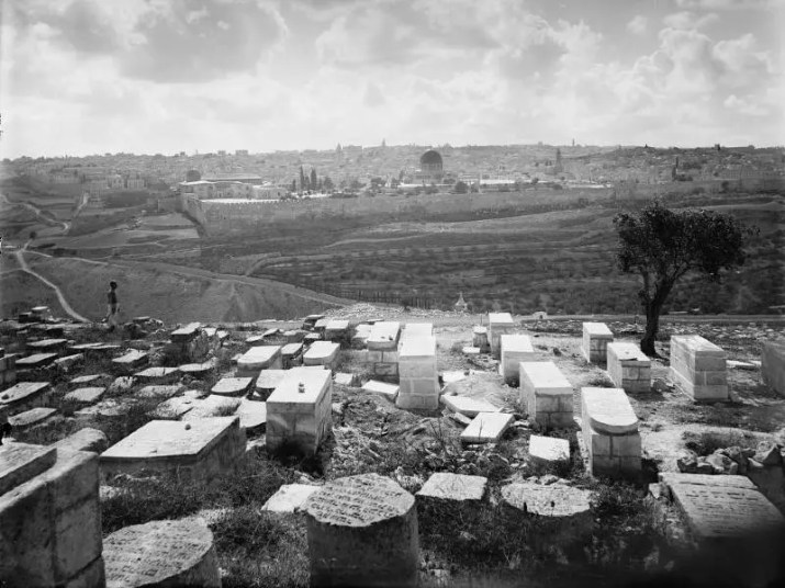 Jewish Cemetry - Mount of Olives 1920
