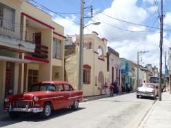 Quiet side streets of Holguin.