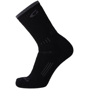 p62530204l_-_p6-hiking-essential-medium-crew-black-1