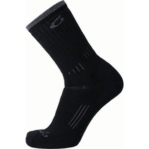 p63742204l_-_p6-37-5-hiking-medium-crew-black-1