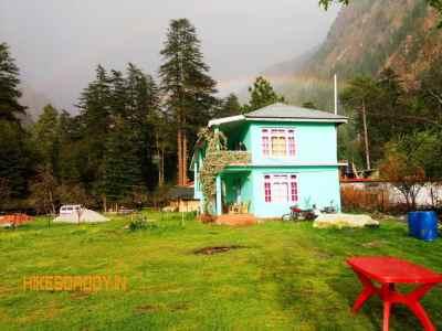 green-house-cottages-kasol-1.jpg