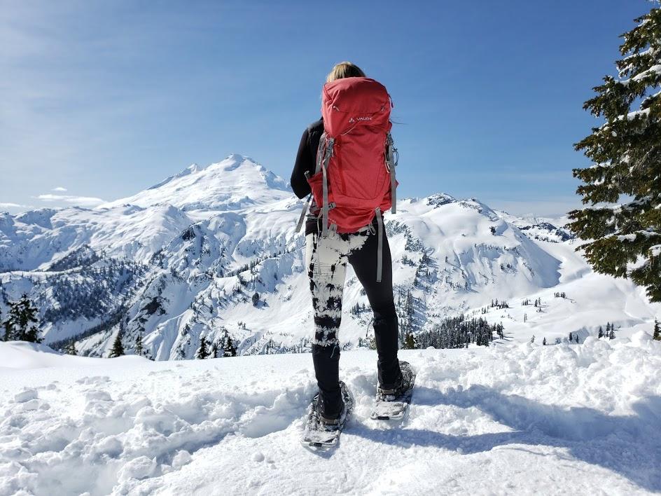 daub +design adriana leggings, mount baker artist point snowshoe, hikes near vancouver, vaude backpack