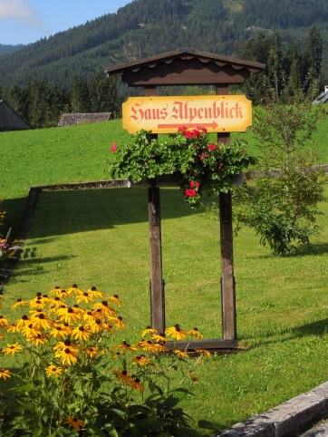 Haus Alpenblick sign