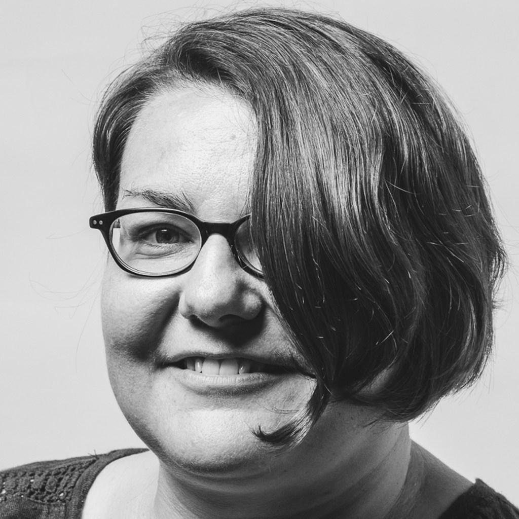 Cornelia Winkler – comunicare internațională