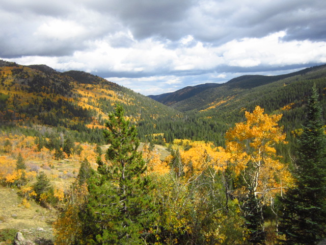 Fall in the Colorado Rockies- what are the hiking essentials for a fall day hike anywhere?
