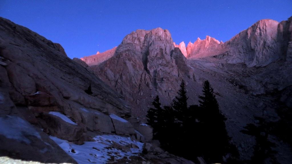 Sierra peaks in the morning sun
