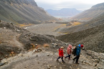 mg 6887 lr Fossil Hunting in Svalbard