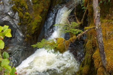 hpim3775 lr High Falls Creek (Squamish, BC)