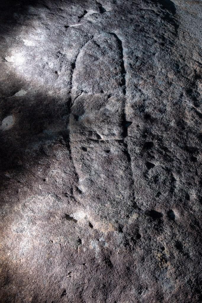 AWAT7136 LR Resolute Track Aboriginal engraving sites