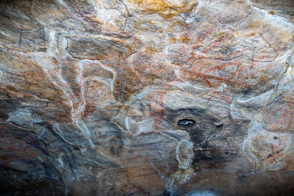 AWAT3665 LR Cliff Oval Shelter