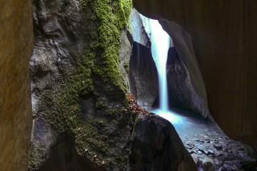DSC02555 LR Waterfalls of Les Gorges Mystérieuses