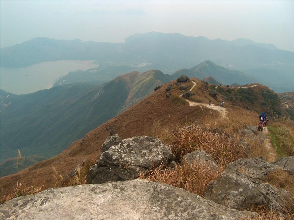 HPIM2706 LR Hiking the Lantau Trail - Mui Wo to the Big Buddha