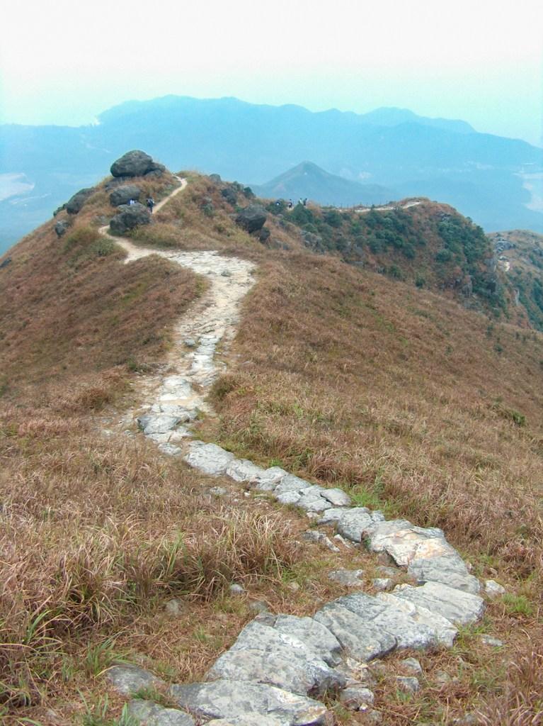 HPIM2707 LR Hiking the Lantau Trail - Mui Wo to the Big Buddha