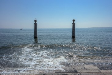 A perfect day for wandering along the Tagus River