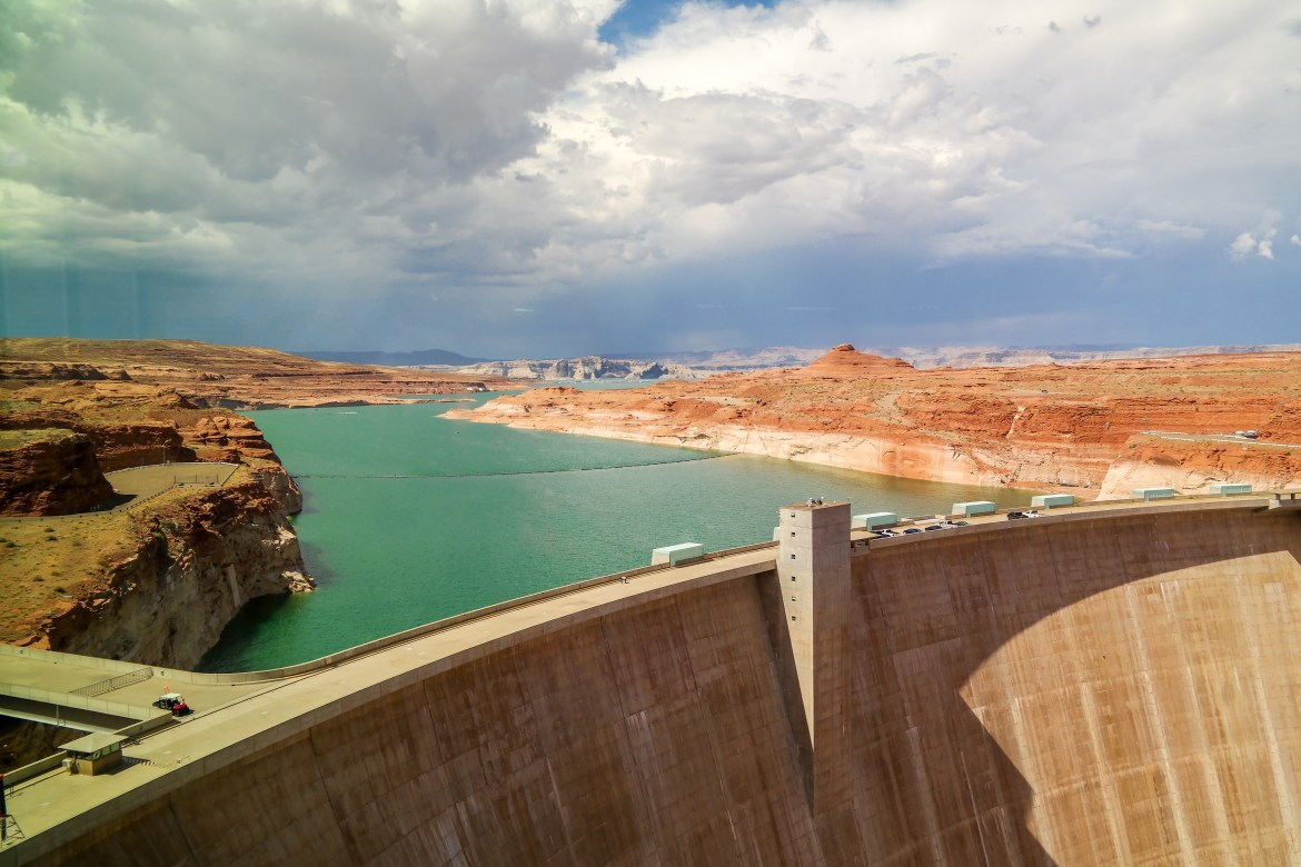 Glen Canyon Dam Page Arizona #lakemead