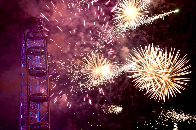 London NYE Fireworks #londonnewyearseve