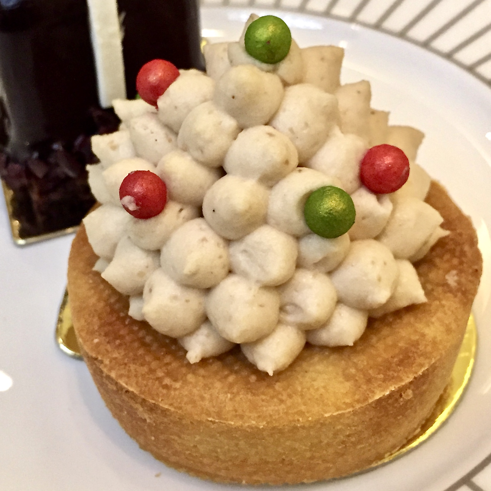 Things to do with kids in London #festivetea