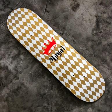 Royal Skateboard hilarystyle