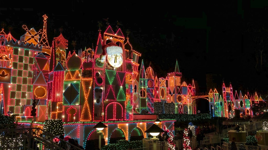 Christmas Disneyland California #smallworldholiday