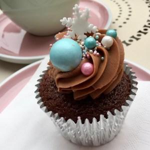 Festive Winter Cupcake #PeggyPorschen #belgravia #londonwithkids #instalondon