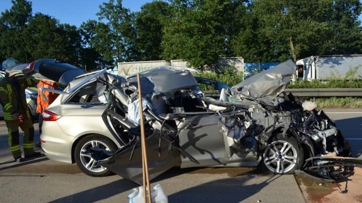 Ablenkung durch Handy führte zu einem schweren Verkehrsunfall auf der A 7