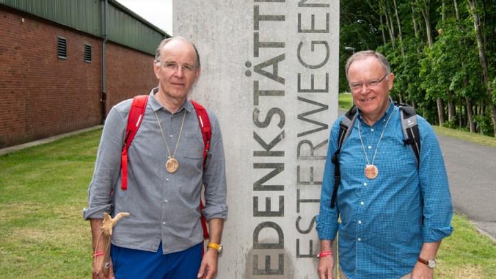 Mit dem Landesbischof zum Himmelsboten – Ralf Meister und der Engelforscher Wolff sind bei der fünften Taufengelwanderung dabei